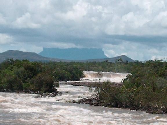 Salto de Yaruani. Agosto 2007